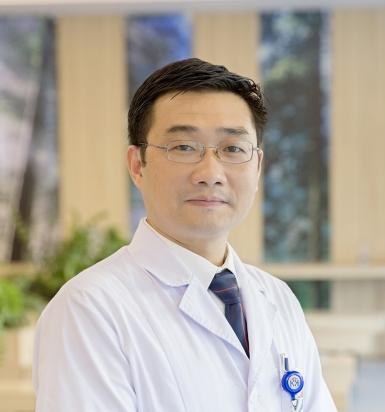 Bác sĩ Nguyễn Thái Sơn - Trưởng khoa Khám bệnh yêu cầu, Bệnh viện Ung Bướu Hà Nội